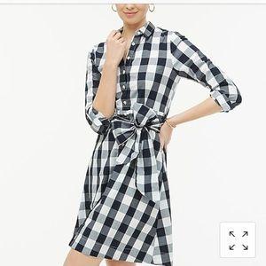 Tie-waist poplin shirtdress in gingham